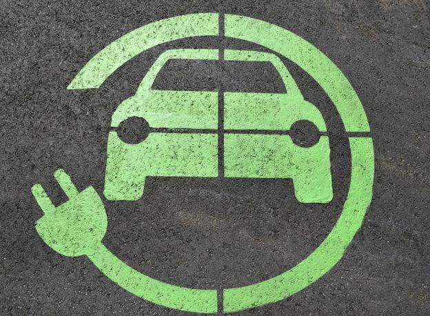 2019 全球車市整體下滑,電動車持續 20% 高成長