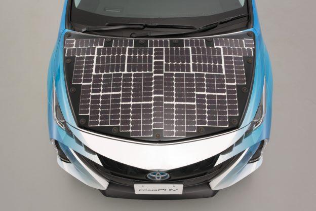 NEDO、夏普和豐田攜手,高效太陽能電動車 7 月下旬上路測試