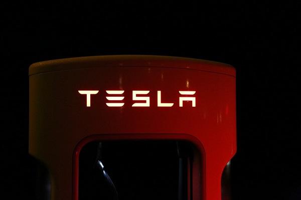 Tesla計畫於上海建電動車廠,關稅考量為主因