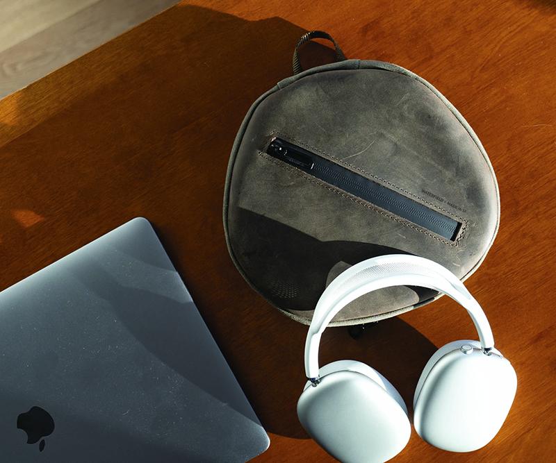 支援 AirPods Max 磁吸休眠的三方皮革收納盒來了,連充電器也能完整裝入_網頁設計公司